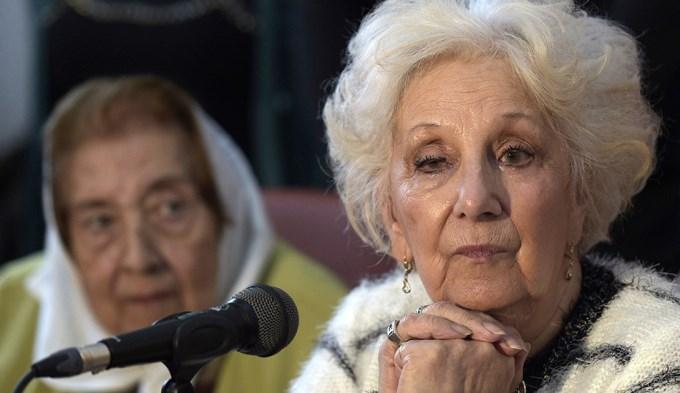 Estela de Carlotto celebró la marcha atrás del gobierno sobre el 24 de marzo