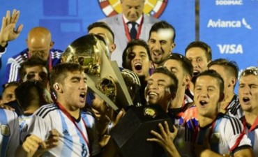 Argentina derrotó a Uruguay, se consagró en el Sudamericano y se clasificó a Río 2016