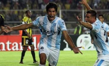 Racing se presentó con goleada en su debut en la Libertadores