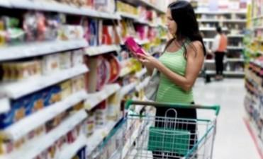 Afirman que los precios en las cadenas de supermercados subieron 4% en enero