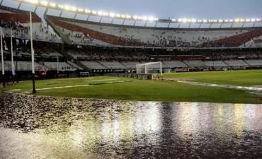 Tras la postergación, River y Quilmes se enfrentan en el Monumental