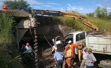 Comenzó la reparación del puente sobre la ruta 1 en el departamento Feliciano