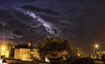 Hay un alerta por tormentas fuertes para Entre Ríos