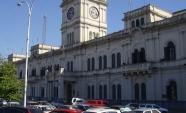 Docentes: Gobierno aclaró que ofreció 18% de aumento anual