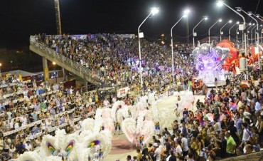 El gobierno destacó el fin de semana turístico de Entre Ríos
