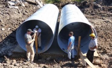 Obra de Construcción de Puente Sobre el A° Barzola en la Zona de el Gato