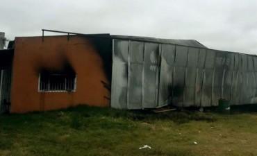 Continúa la investigación por el incendio en un depósito municipal de Feliciano