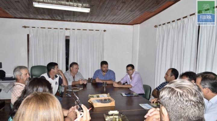 EL INTENDENTE CHAPINO ESTUVO EN LA REUNIÓN POR EMERGENCIA HÍDRICA