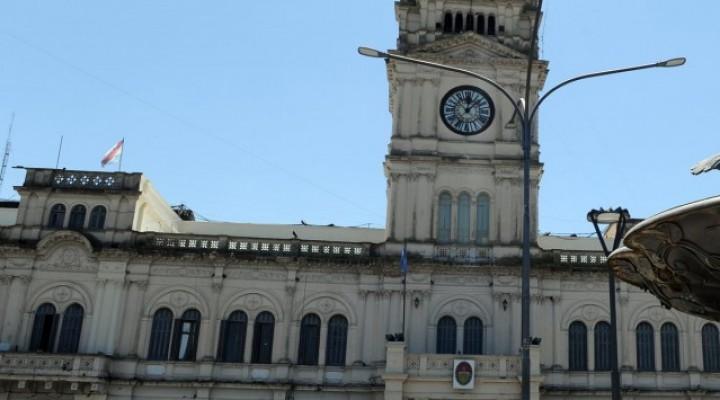 El gobierno provincial logró revertir la tendencia del incremento de la planta de la administración pública