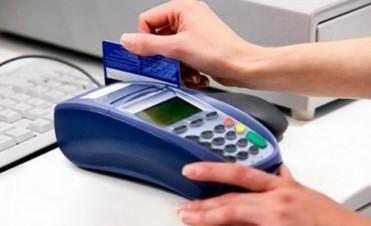 Cuánto cuesta no pagar el total del resumen de la tarjeta