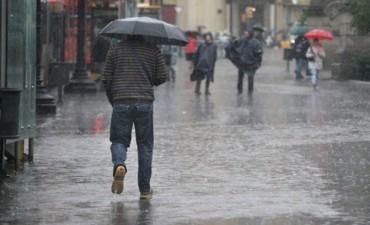 Ahora prevén lluvias desde el sábado y frío a partir del lunes