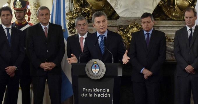 Macri criticó