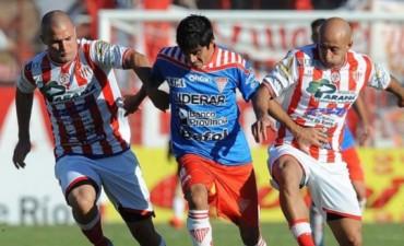 Atlético Paraná perdió con Los Andes por un polémico gol