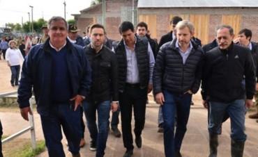 Ministros de Macri y de Bordet recorrieron Villa Paranacito