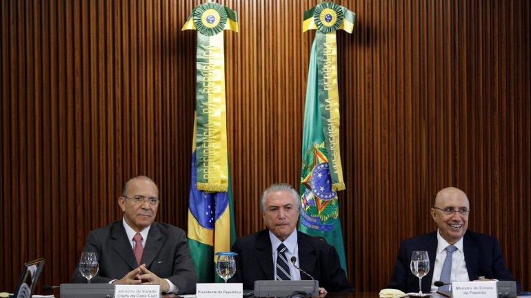Brasil: el nuevo ministro de Economía anunció un ajuste