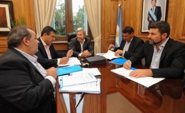 Chapino firmó un convenio por 3 millones de pesos