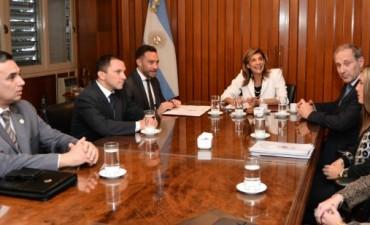 Convenio entre el STJ y el Ministerio de Gobierno y Justicia para profundizar la incorporación de la Perspectiva de Género en la formación policial