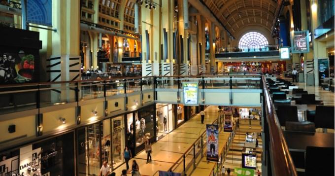 Grandes centros de compras, con menos ventas