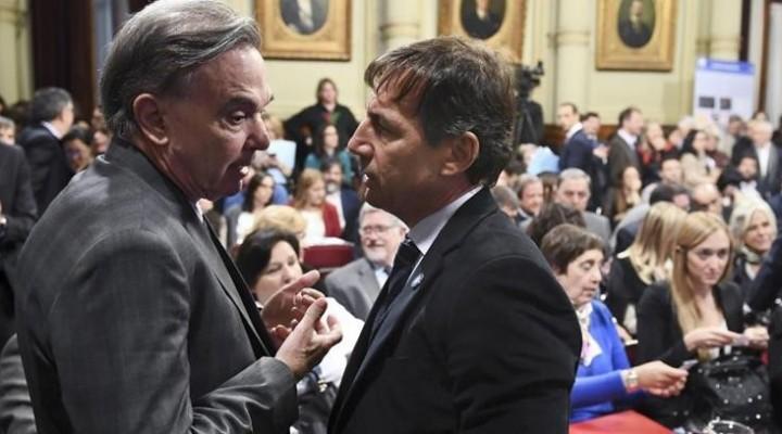 Pese a los esfuerzos del oficialismo, proyecto para poner tope a tarifas obtuvo dictamen en el Senado