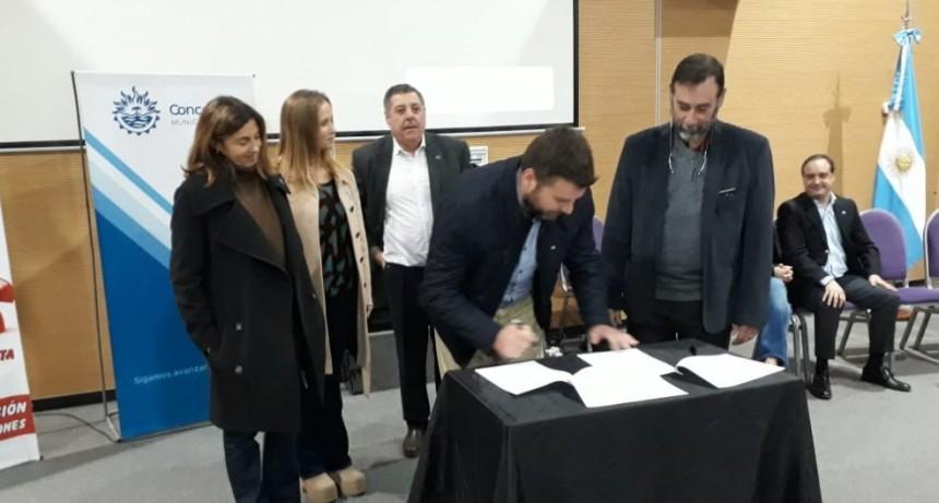 FEDERAL FIRMÓ UNA CARTA DE ADHESIÓN A LA TEMÁTICA DEL CONSUMO PROBLEMÁTICO DE DROGAS