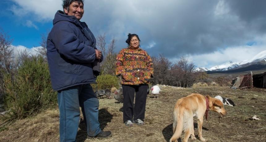 En la virgen de las Nieves, Bariloche   En un fallo histórico, la justicia obliga al gobierno a entregar tierras a una comunidad mapuche