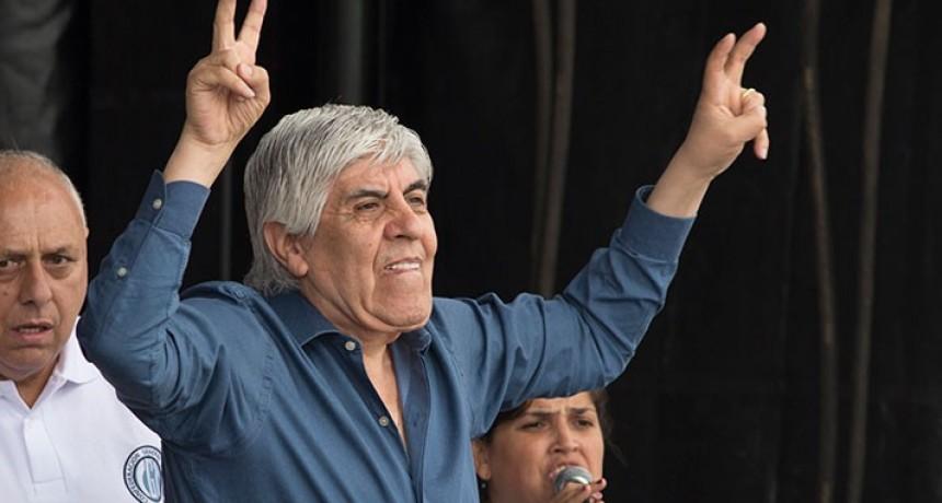 Moyano puso la fecha para un paro general en un fuerte discurso contra el Gobierno