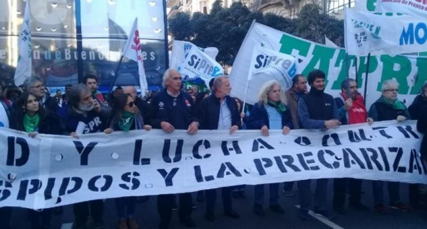 Periodistas se movilizaron por paritarias y contra los despidos