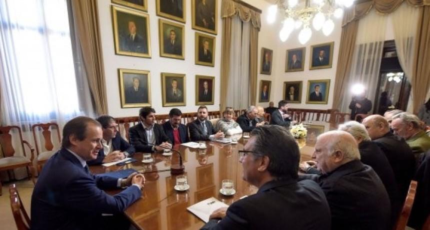 La provincia acordará con los municipios políticas para la radicación de nuevas industrias