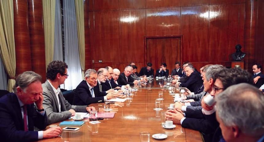 Los empresarios advierten que el cambio de ministros no modifica el fracaso en la política económica