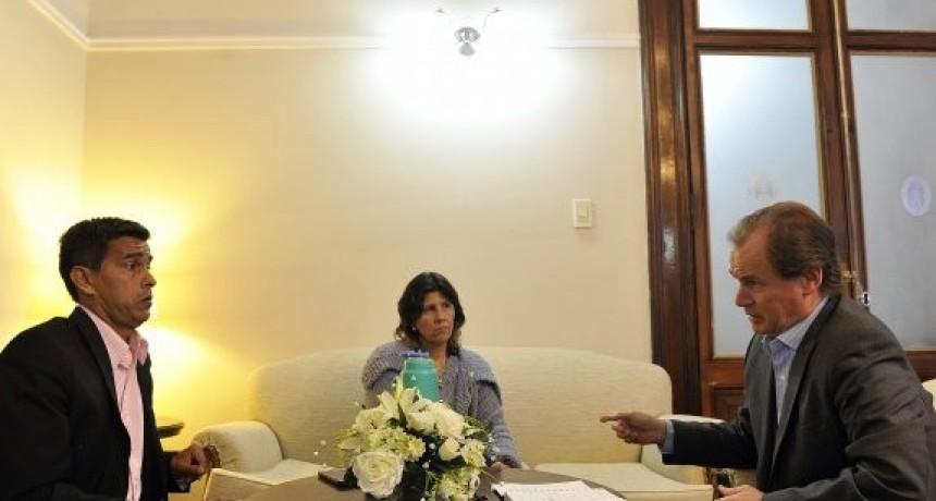 Viviendas, termas y parque industrial, en la agenda de trabajo de Bordet con el intendente de Ubajay