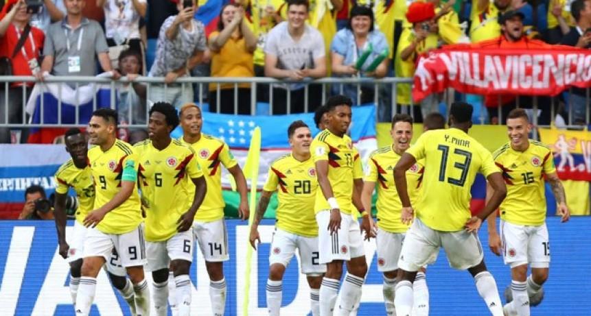 Colombia sufrió pero derrotó a Senegal y consiguió el boleto a octavos de final
