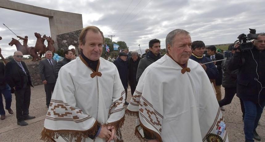 """Desde Córdoba, Bordet destacó la unión de los gobernadores e instó a """"no resignar lo que nos corresponde"""""""