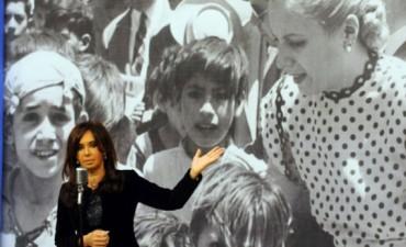 Cristina hará un anuncio este miércoles y se denuncia que se viola la veda electoral