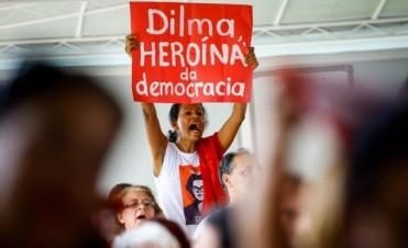Líderes de países critican duramente la destitución de Rousseff en Brasil