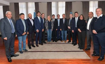 Coparticipación: Bordet juntó a gobernadores y no demandarán a Macri