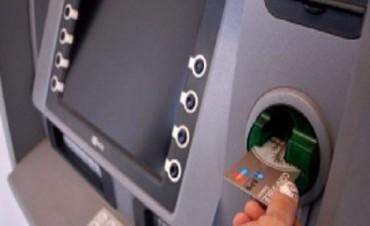 Comienza este jueves el pago y la bancarización de becas provinciales