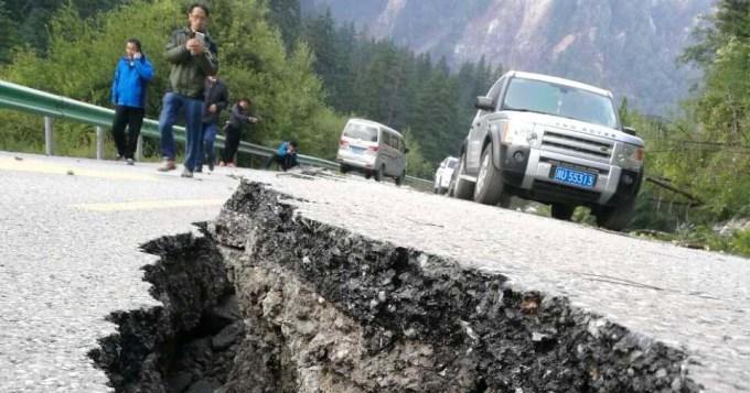 Terremoto causó más de 30 muertos