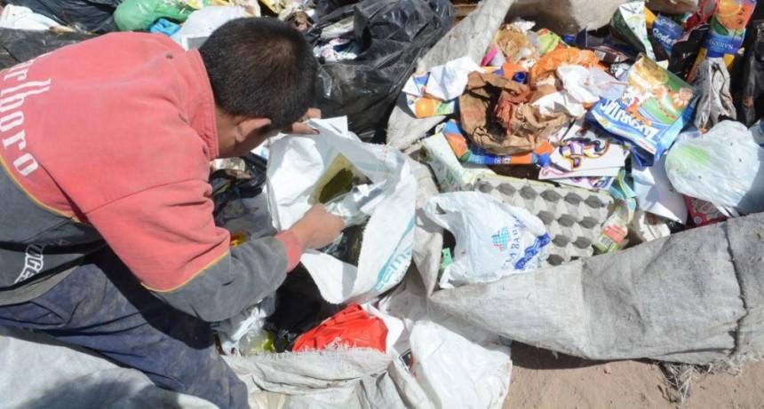 La pobreza subió al 33 por ciento debido a la devaluación, según la UCA