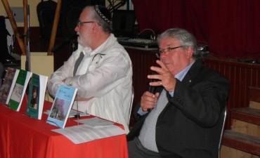 Luis Arturo Luna presentó dos obras literarias en la feria del libro