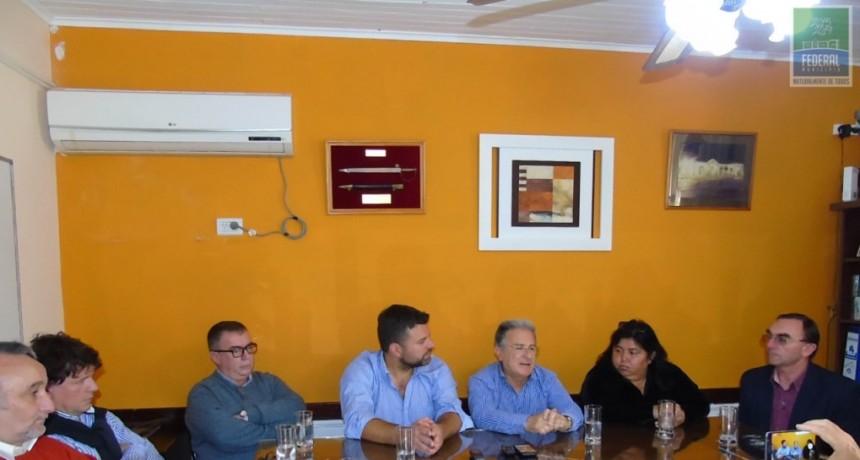 EL MINISTRO DE PLANEAMIENTO, INFRAESTRUCURA Y SERVICIOS DE LA PROVINCIA RECORRIÓ OBRAS EN FEDERAL
