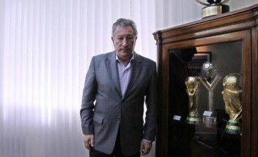 Segura fue oficializado por unanimidad como presidente de AFA hasta 2015