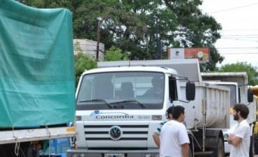 El gobierno envió ayuda a familias afectadas por el temporal