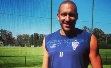 Tras recibir el alta, Jonas Gutiérrez ya se entrena en Velez