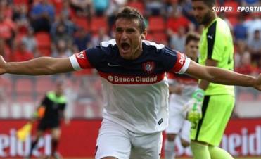 San Lorenzo venció a Independiente y se mantiene como escolta