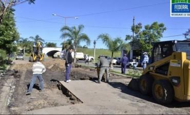 Comenzó la reparación de la carpeta asfáltica del Boulevard Urquiza