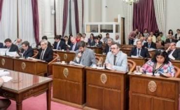 Sanción definitiva a la derogación del descuento a policías retirados; aprobó el Senado Provincial