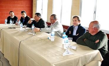 Intendentes de la UCR avanzan en acuerdos con PRO