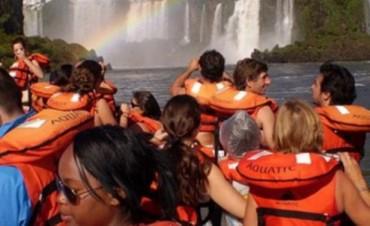 Fin de semana largo: 757 mil turistas viajaron por el país y gastaron alrededor de 932,6 millones de pesos