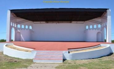 Se pone a punto el Anfiteatro para la recepción de la Escuela Nº2