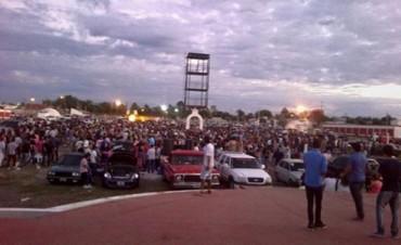 Una multitud recibió la Navidad en el Anfiteatro Municipal